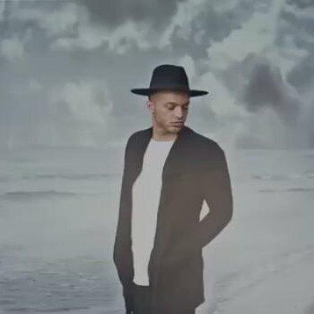 دانلود آهنگ جدید زخم از آرمین آراد