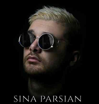 دانلود آهنگ جدید ماه از سینا پارسیان